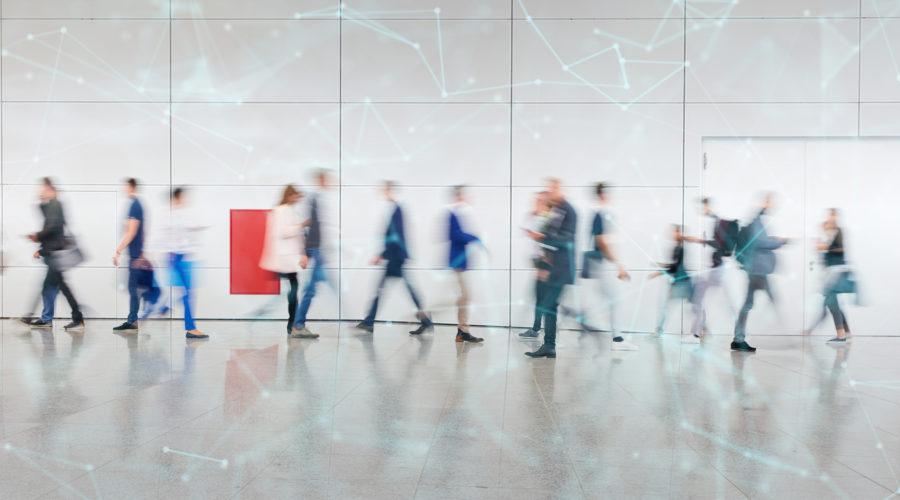 Digitale Vernetzung von vielen anonymen Geschäftsleuten als Konzept